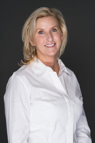 professional headshot professional women jacksonville