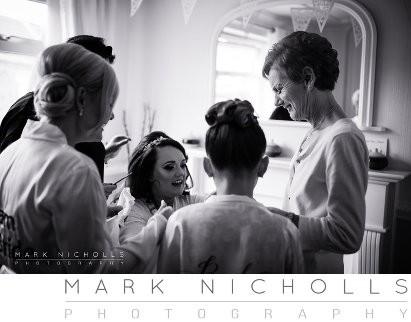 Leading South Wales Wedding Photographer