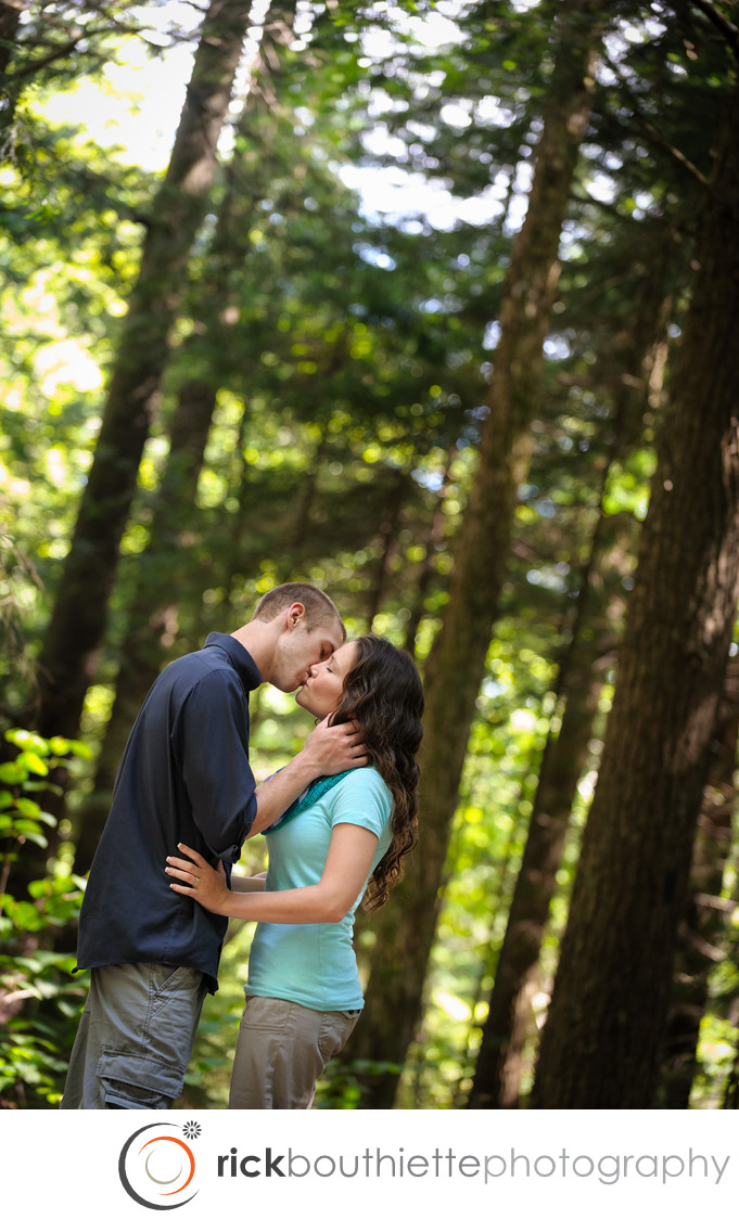 ENGAGEMENT SESSION IN WHITE MOUNTAINS OF NEW HAMPSHIRE