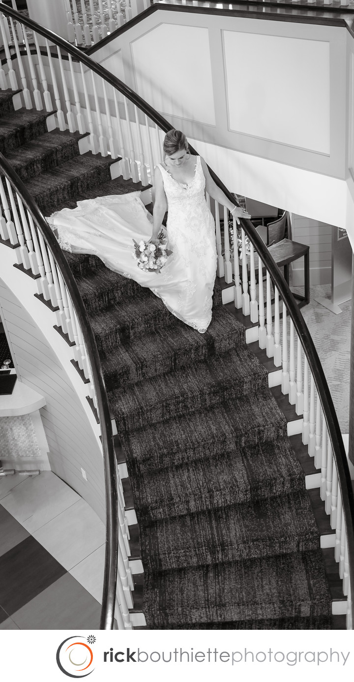 BRIDE LEAVING FOR SEACOAST NH WEDDING
