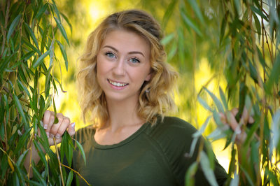 NH SENIOR HIGH SCHOOL PORTRAIT PHOTOGRAPHY