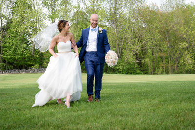 Southern New Hampshire Spring Wedding at Candia Woods