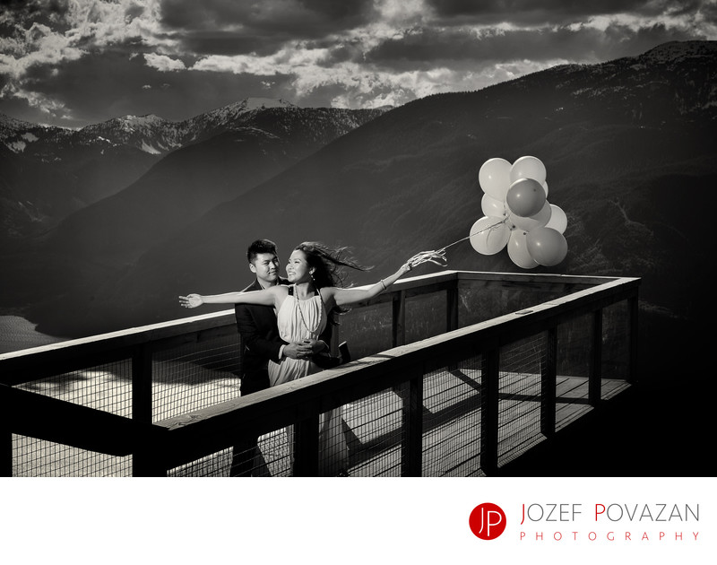 Whistler wedding photographer Sea to Sky Gondola shoot