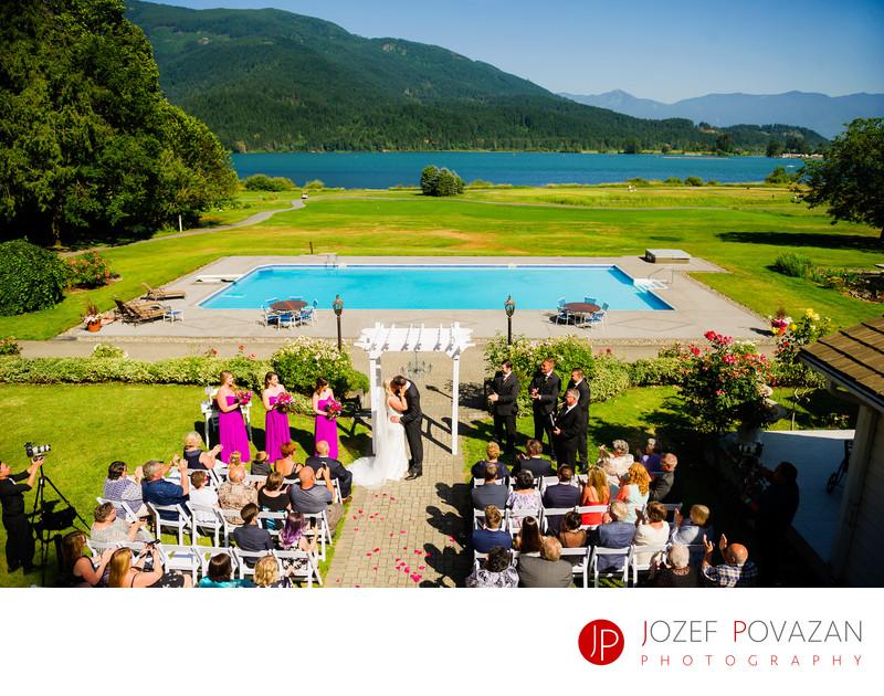 Rowena's Inn Sandpiper golf club Wedding Ceremony photo