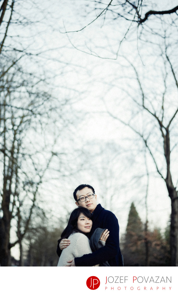 Dreamy low key engagement session in North Vancouver