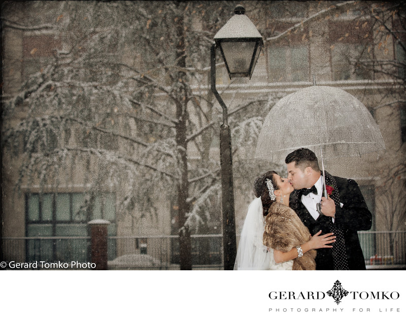 Best Winter Wedding Photo in the Snow