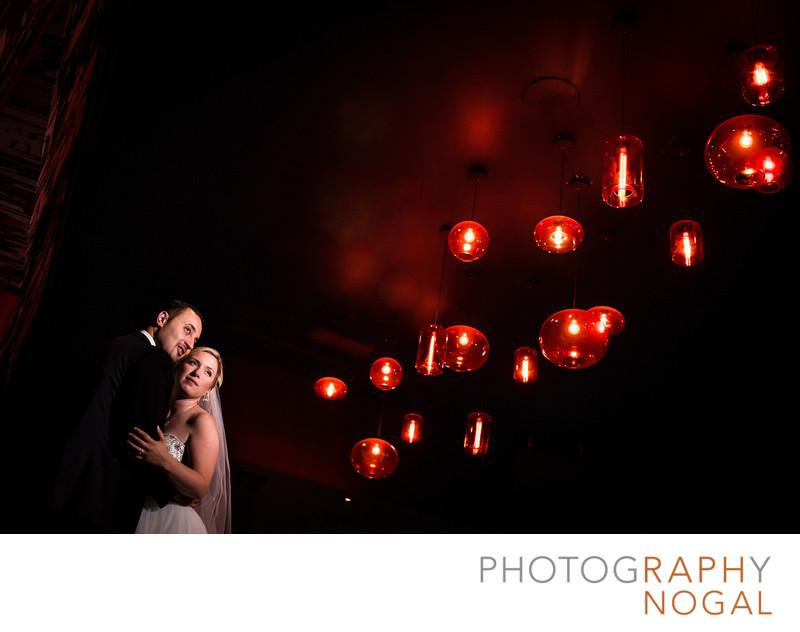 Bride and Groom at Club Inside Riviera Parque Hall