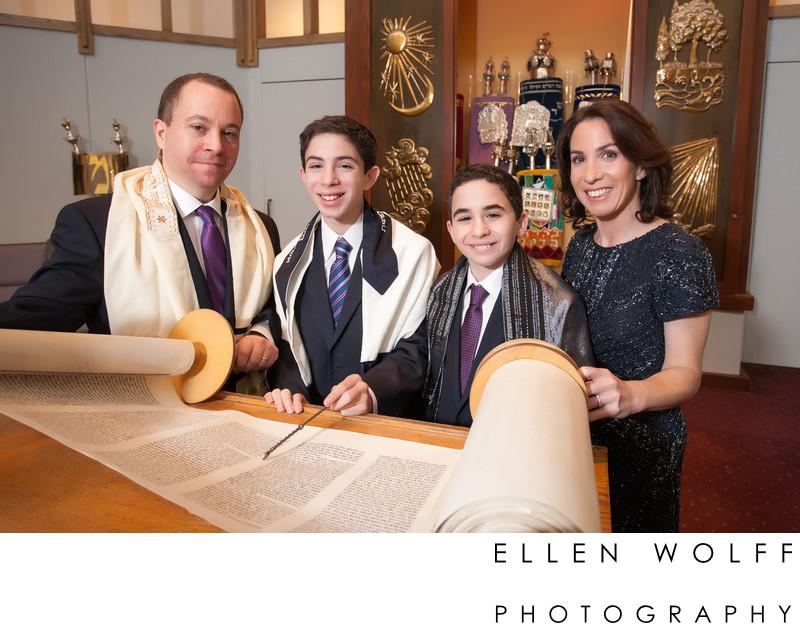 North Shore Synagogue Bar Mitzvah photographer