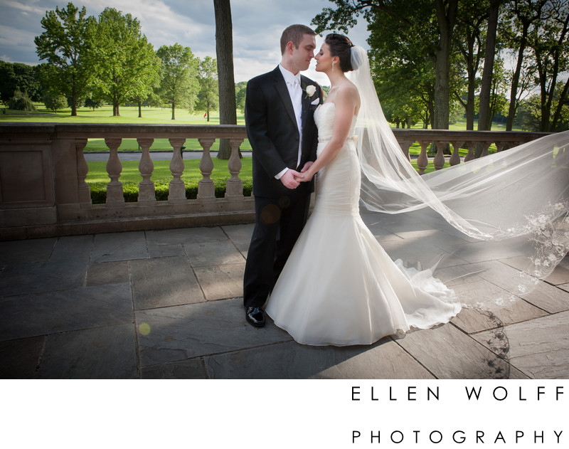 Wedding picture of the bride and groom Muttontown Club