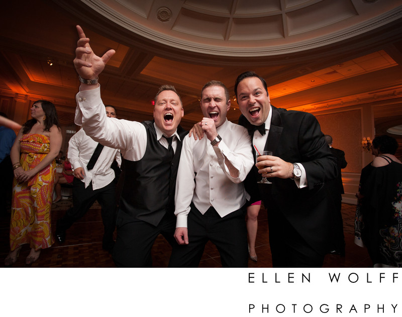 candid photo from a Muttontown Country Club Wedding