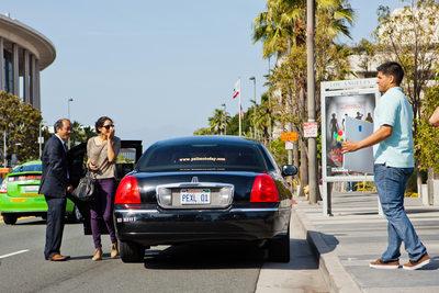 Limousine Arrives at Disney Concert Hall Proposal