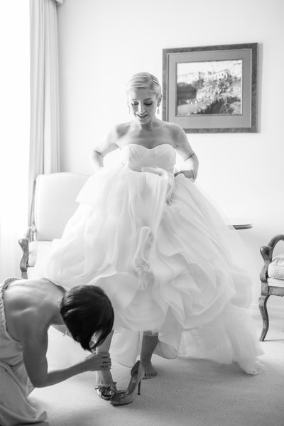 Bride Getting Ready at Riviera Country Club