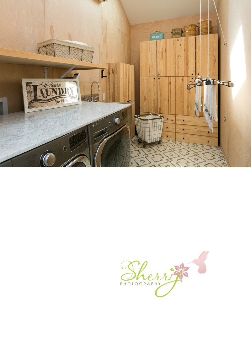 Ojai Farmhouse laundry room