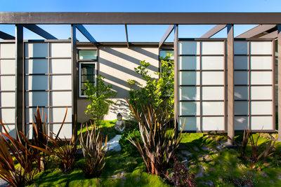 zen landscape design Sherman Oaks
