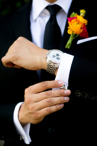 groom details camera cufflinks