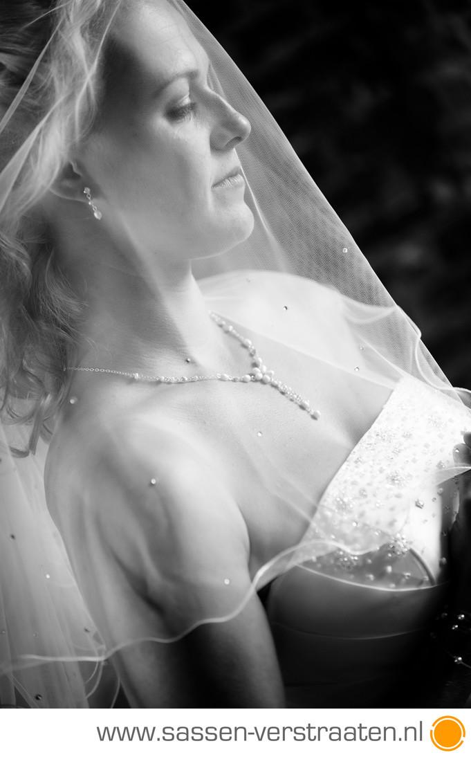 Mooi licht en een bruid