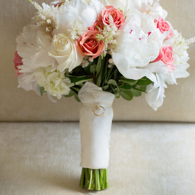 wedding bouquet white and pink roses peonies
