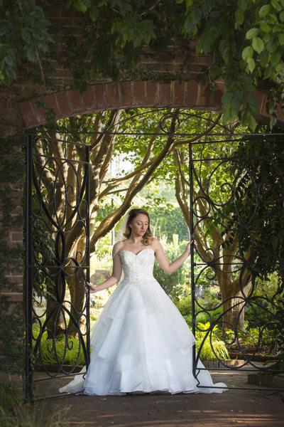 Riverbanks Botanical gardens bridal photos