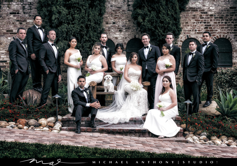 bridal-party-hummingbird-nest-ranch-photos