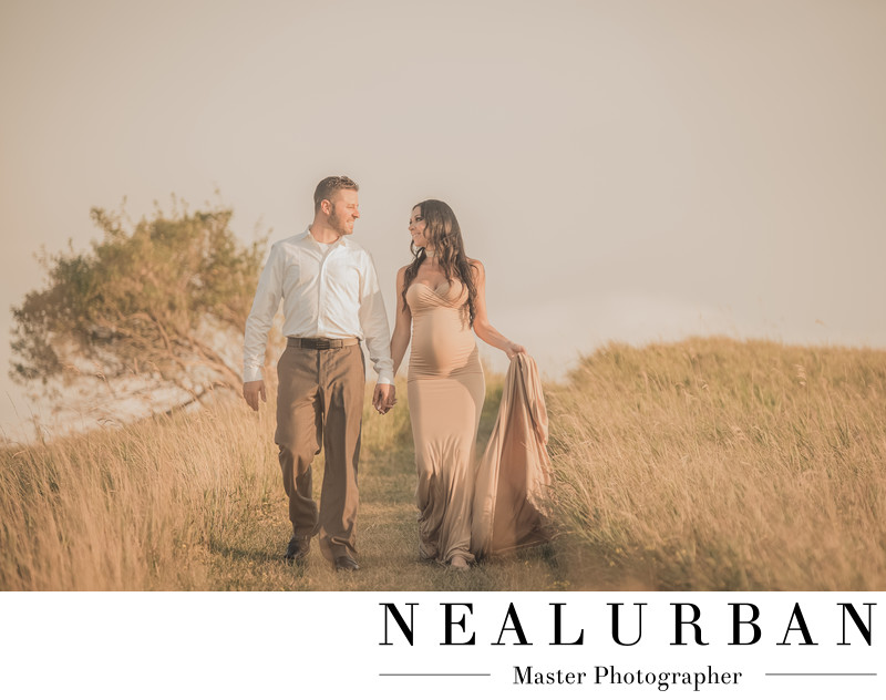 buffalo maternity photography at tifft nature preserve rolling hills