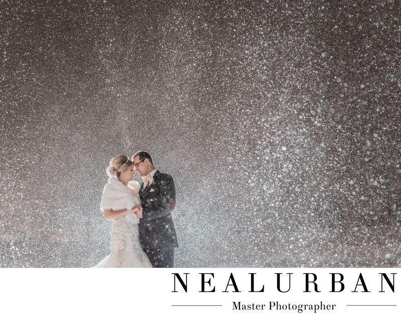 buffalo winter weddings photography in the snow at night