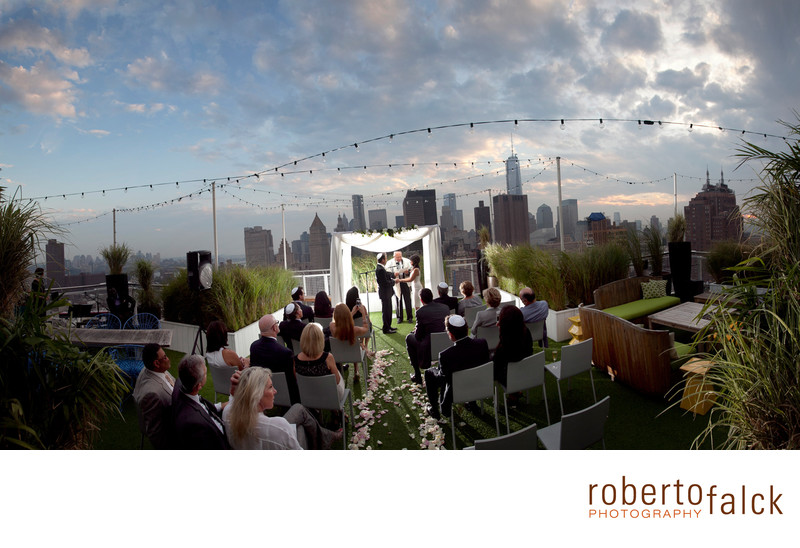 new york wedding photographer rooftop wedding