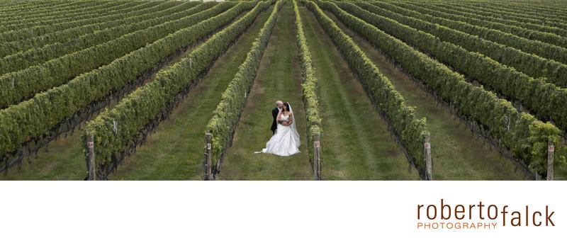 raphael vineyard new york wedding photographer