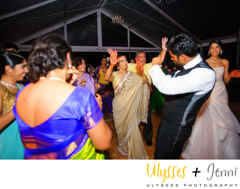 INDIAN RECEPTION DANCING  - ULYSSES PHOTOGRAPHY