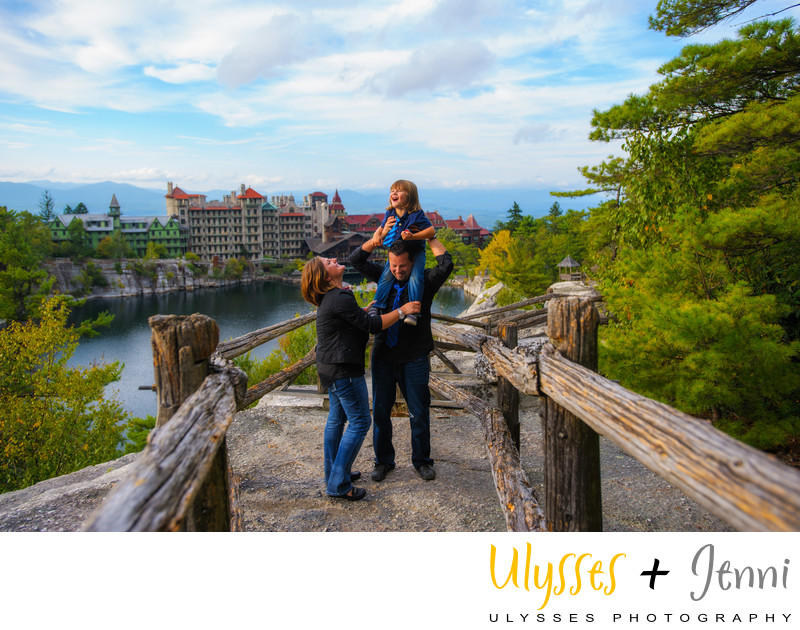 MOHONK FAMILY PORTRAIT VACATION PHOTO