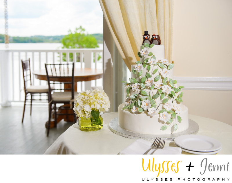 HUDSON VALLEY VENUE WITH RIVER VIEW AND TRAIN STATION
