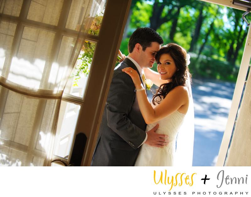 CRABTREES KITTLE HOUSE WEDDING PHOTOGRAPHERS