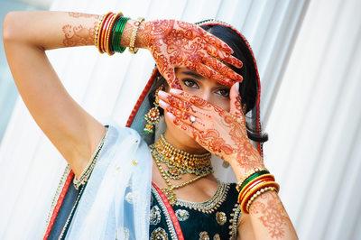 INDIAN BRIDE HENNA - ULYSSES PHOTOGRAPHY