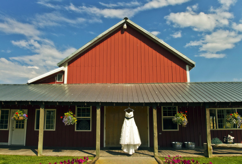 Barn Wedding Spokane Washington