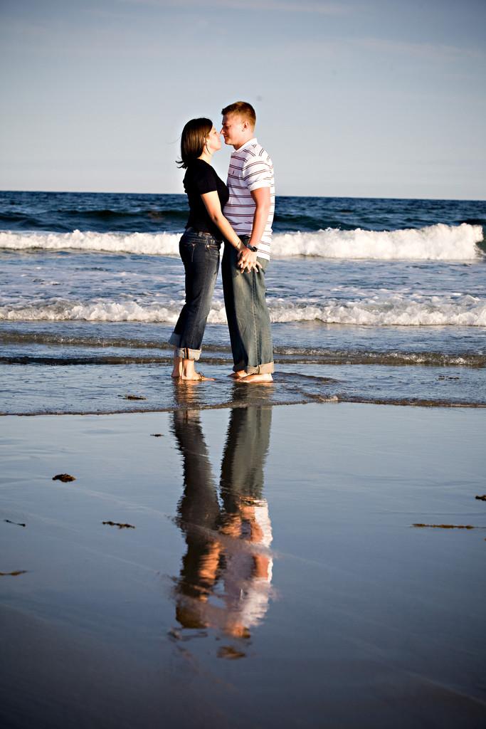 Massachusetts beach engagement session