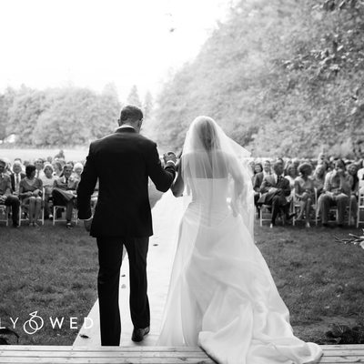 Simply Wed Features Snohomish Farm Wedding