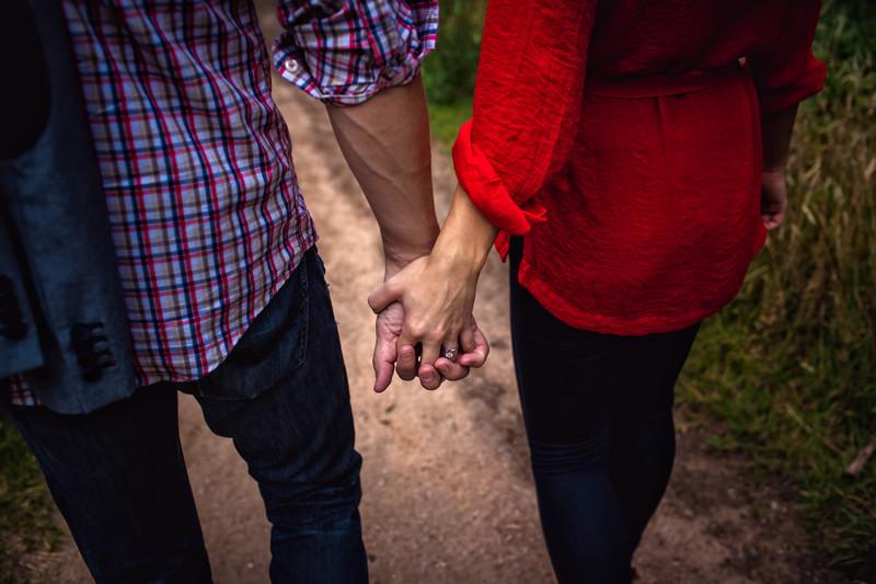 Romantic Outdoor Engagement Photos in Sedona Arizona - Best Phoenix Wedding Photographers - Ben and Kelly Photography