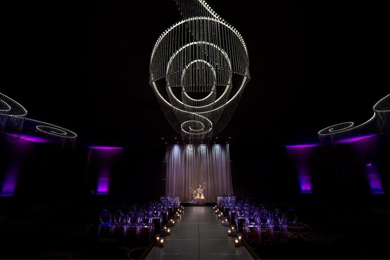 Luxury wedding ceremony at Chateau Luxe Phoenix