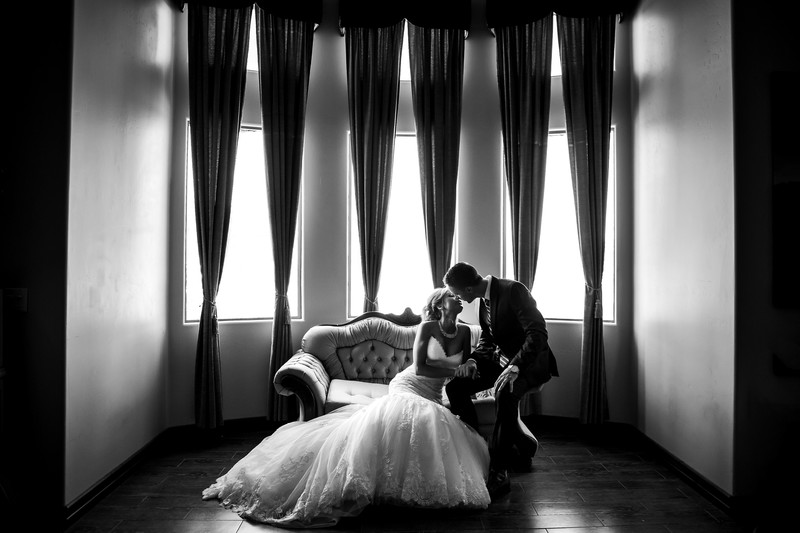 Romantic wedding portrait photography in Phoenix
