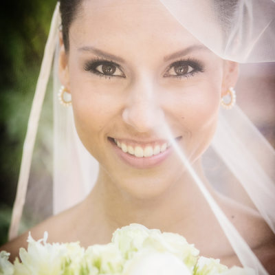 Bride with vail at Torrey Pines Lodge