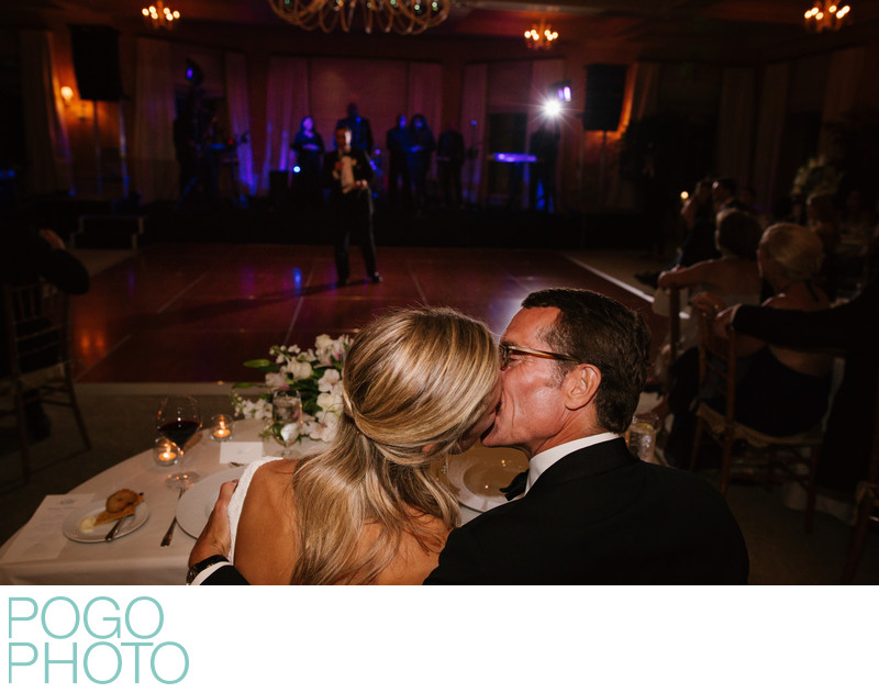 Sweetheart Table Image of Florida Newlyweds Kissing