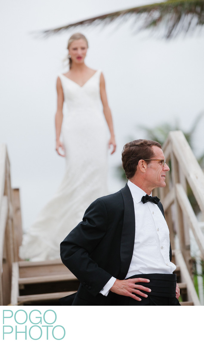 Lost Tree wedding photographer captures first look