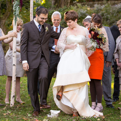 Breaking the Glass- Jewish Quaker Wedding Ceremony