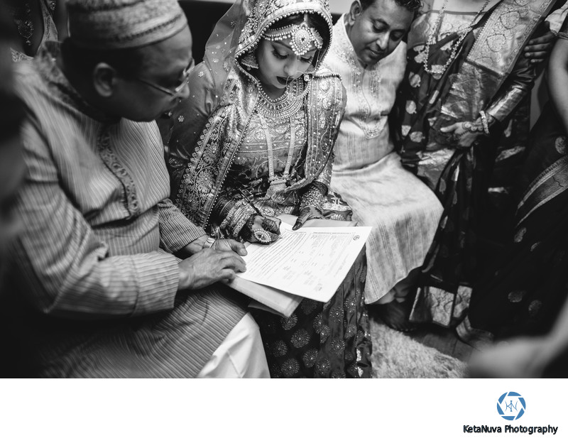 Candid Moment by Bengali Wedding Photographer