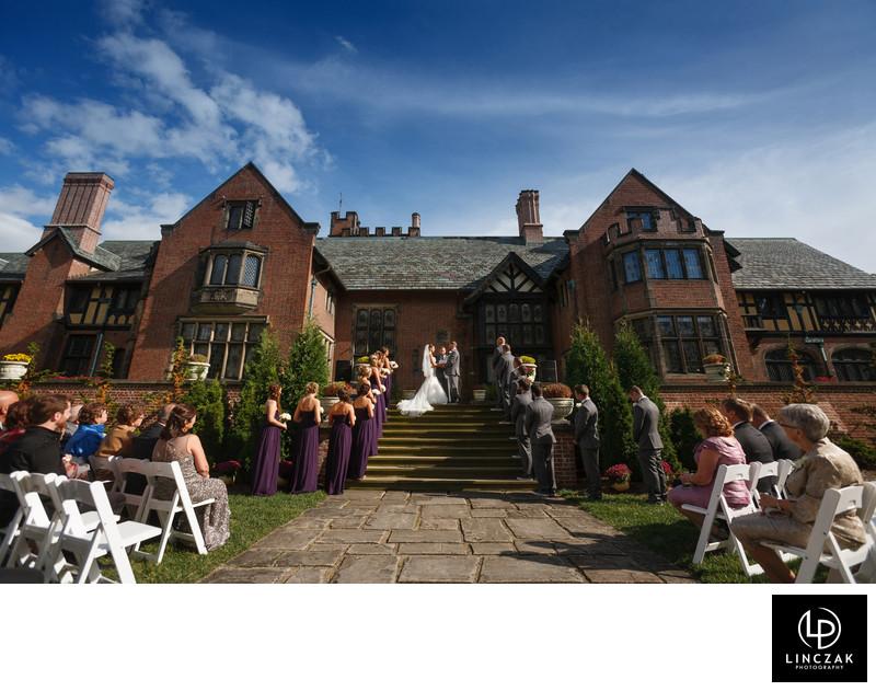 stan hywet hall summer wedding