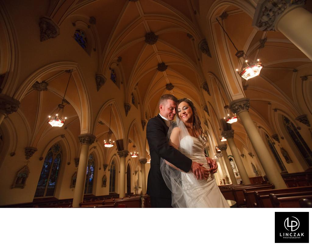 unique church wedding photos