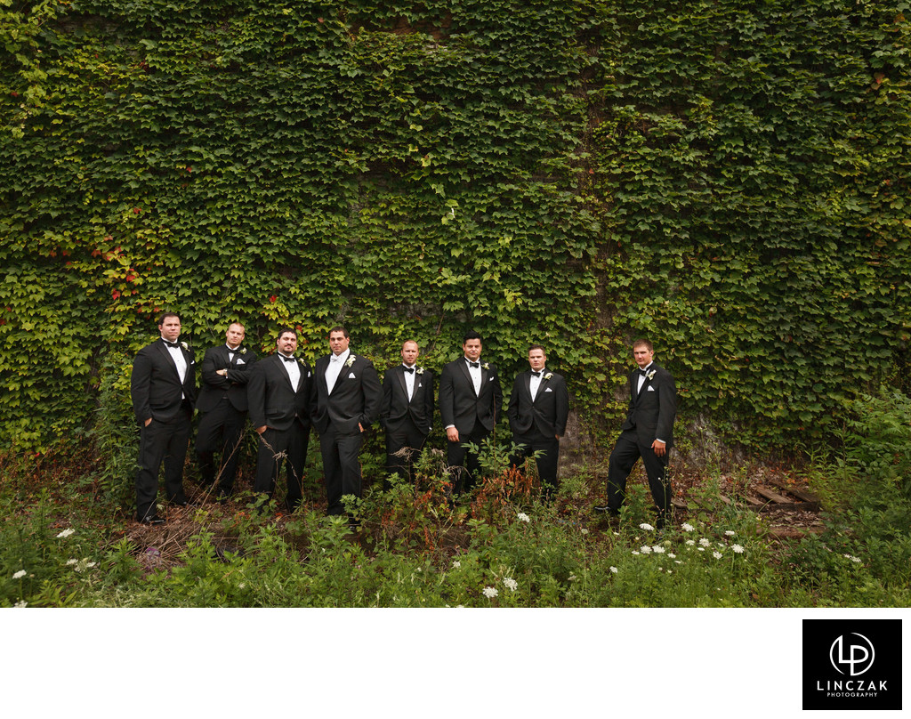 quirky cleveland wedding photgrapher