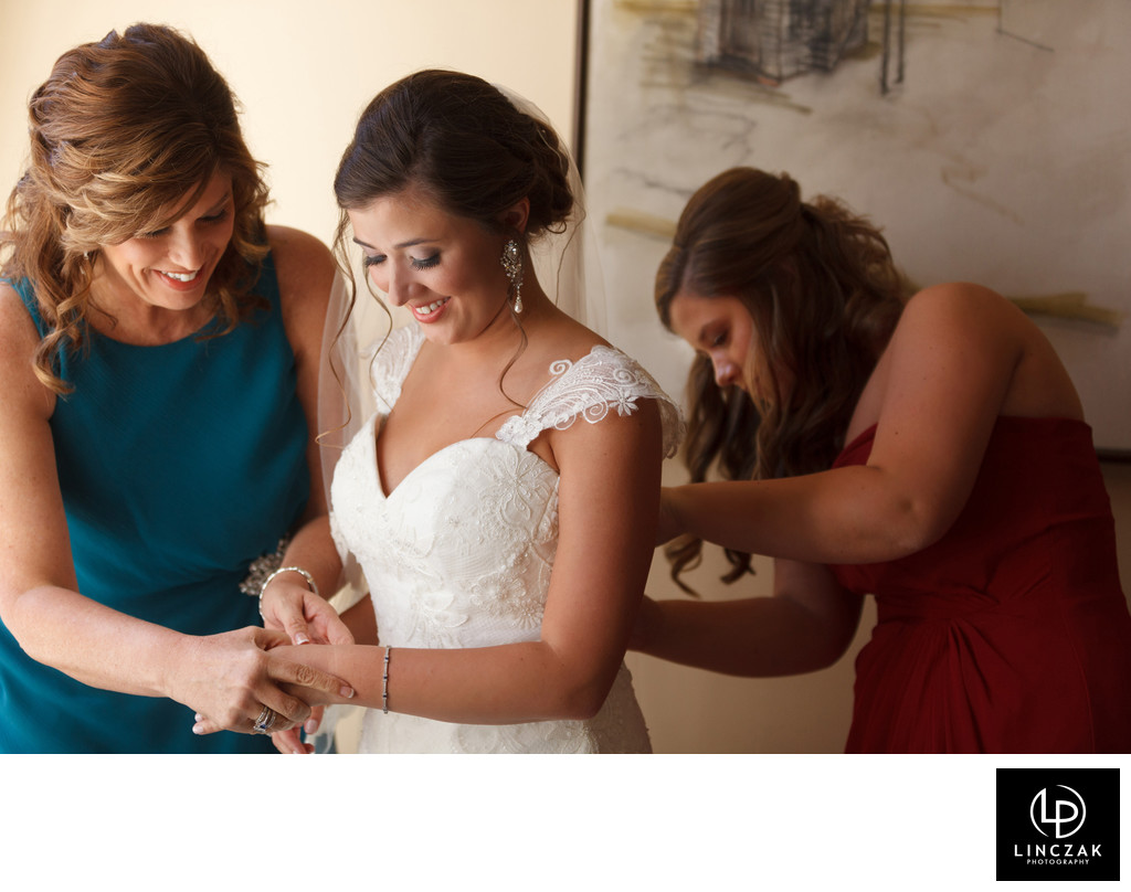 organic wedding moments