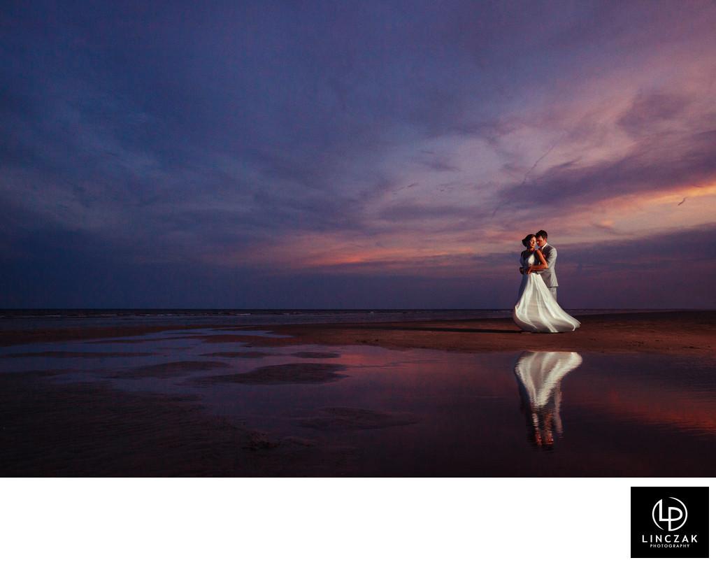 beach sunset wedding photography