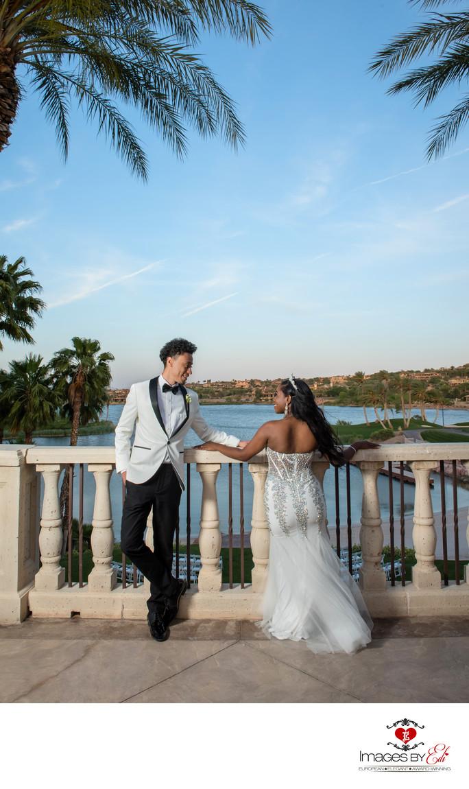 Reflection Bay Las Vegas Golf Course Wedding Couple overlooking the lake