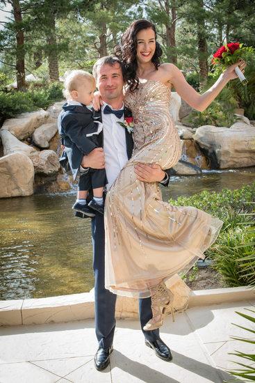 JW Marriott Las Vegas Resort & Spa Wedding Couple